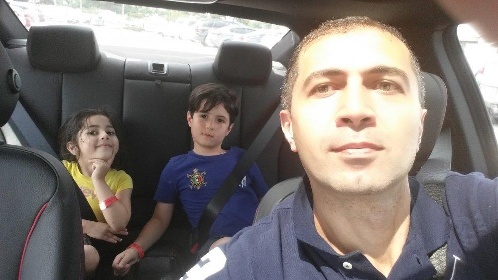 elkhan_sr_with_kids.jpg