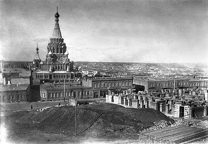 12-Вид-на-собор-со-стороны-ул.-Николаевской-1898-год.jpg